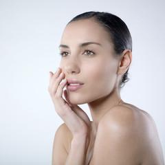 focus visage beauté féminine nue bien-être