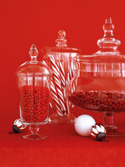 jars filled whit red and white candies