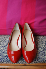 red female shoes for weddings