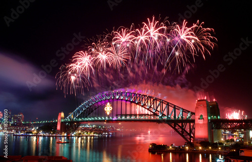 Leinwanddruck Bild Sydney Harbour Bridge and fireworks