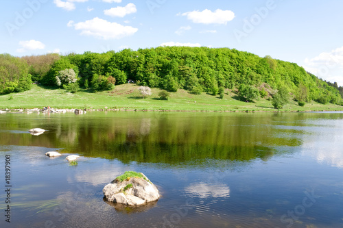 Tuinposter Bos rivier nature. the blue river in the summer