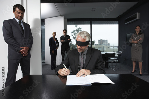 Blind contract signing