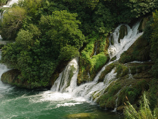 Green waterfall (3)