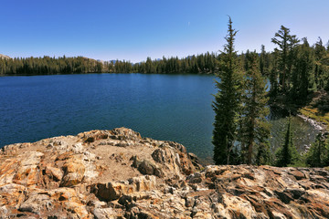 The  May lake in Yosemite park in the USA
