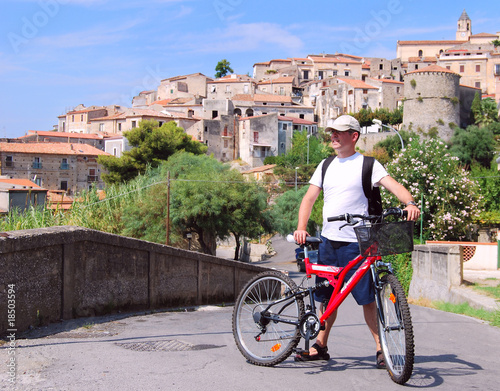 Tourist with the bike in Calabria