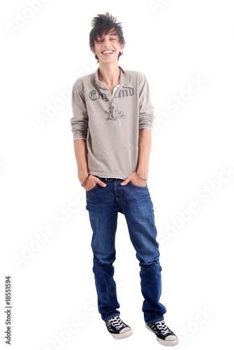 adolescent plein pied riant mains dans les poches photo. Black Bedroom Furniture Sets. Home Design Ideas