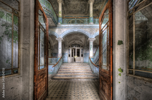 Leinwanddruck Bild Old Hospital in Beelitz