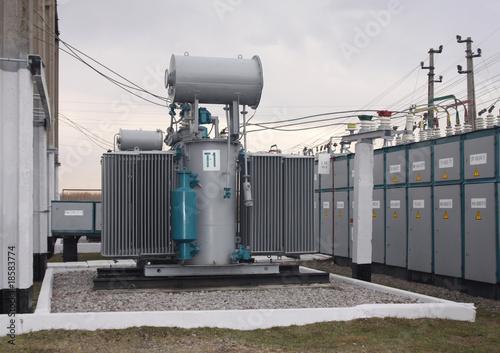 Power transformer - 18583774