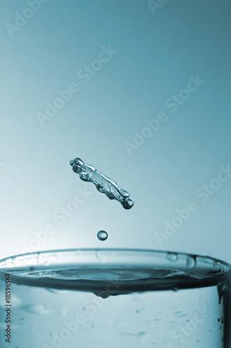 water splash drop高清图片