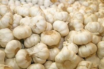 Heap with garlic