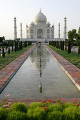 Taj Mahal mosque in Agra, India