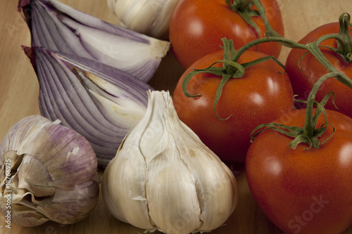 Onion,garlic and Tomato