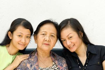 asian family women generation