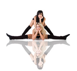 Two modern ballet dancers