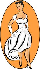 femme qui porte une robe blanche