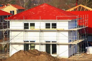 Neubau Einfamilienhaus Baugerüst Rohbau