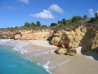 wild cliff st maarten