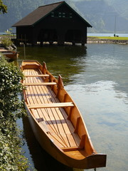 Holzboot am Traunsee