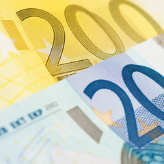 220 euro