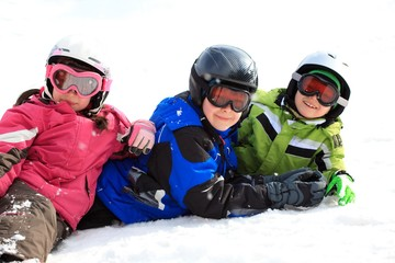 Kids in snow gear