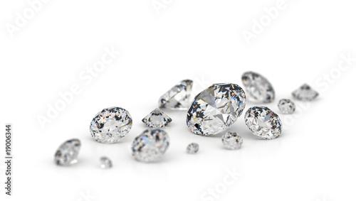 Several diamonds. - 19006344