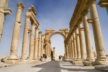 Colonnade in roman ruins of Palmyra, Syria