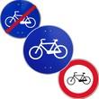 Tre segnali di pista ciclabile