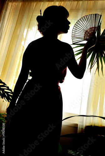 shadow-figure of oriental woman