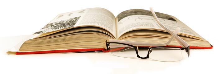 lunette et livre