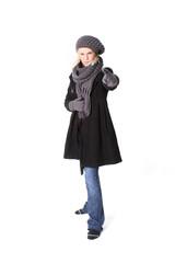 jeune fille en manteau d'hiver 10