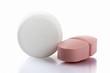 Zwei Tabletten