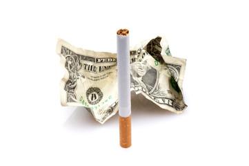 sigaretta e dollaro