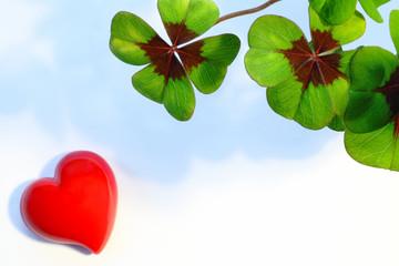 Herz und Kleeblätter