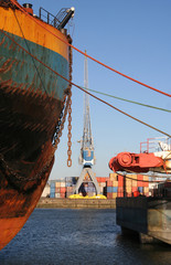 Ships and Cranes