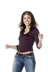 jeune femme en mouvement energique