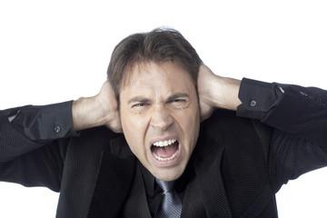 jeune homme d'affaires bruit sourd cri