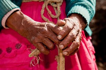 Hände einer alten Frau, Lateinamerika