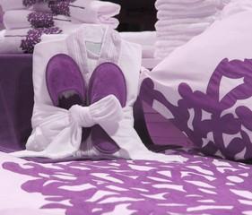 Cocooning violet