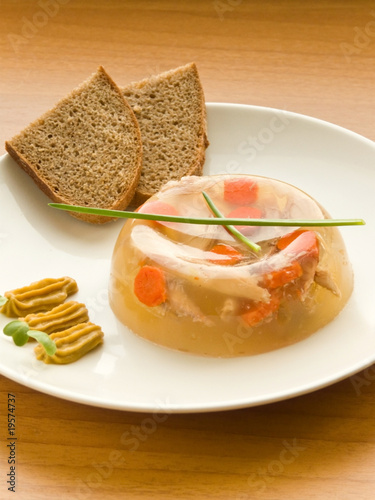Ukrainian meat aspic