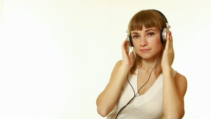 Girl listening to mp3 player