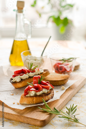 Bruschetta with bell pepper