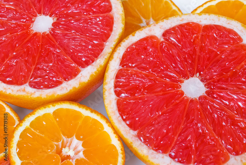 Pink grapefruits and mandarins