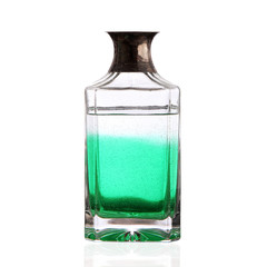 bottiglia con acqua verde