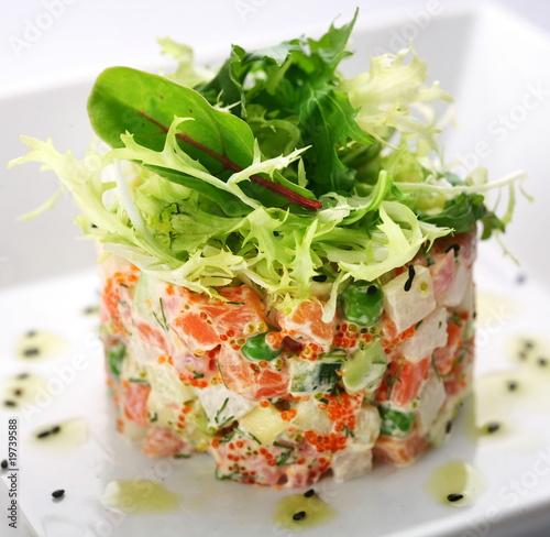 салат с красной икрой рецепт.