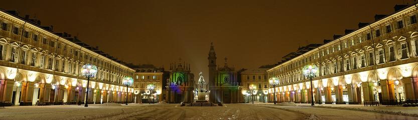 Torino, Piazza S.Carlo, notturno con neve