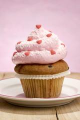 Muffin dekoriert mit Herzen