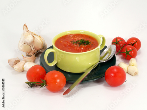 Suppe aus Tomaten
