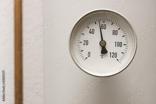 thermometer heizung matthias buehner von matthias buehner lizenzfreies foto 20003571 auf. Black Bedroom Furniture Sets. Home Design Ideas