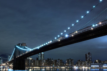 Brooklyn Bridge and Manhattan skyline at Night - New York City