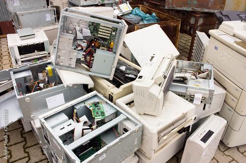 Leinwanddruck Bild e-waste
